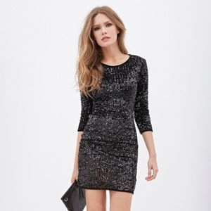 Forever 21 Contemporary Sequin Dress. Size M